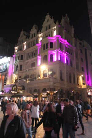 Premier Inn London Leicester Square Hotel Picture