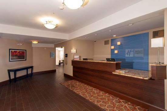 Holiday Inn Express Vernon照片
