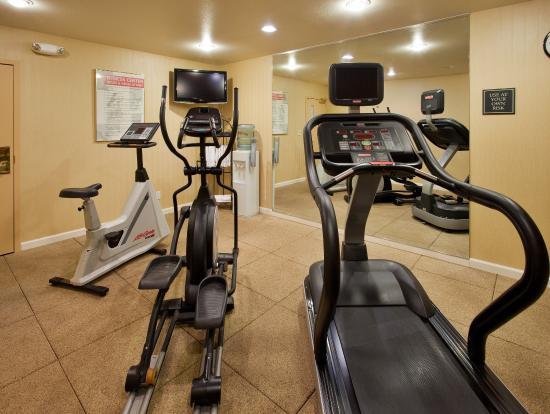 Belmont, CA: Fitness Center