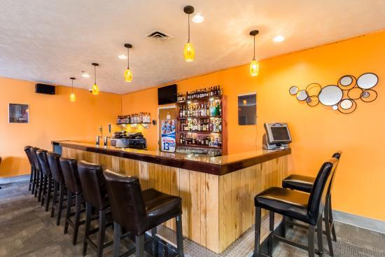 Quality Inn & Suites: Restaurant