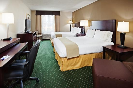 Holiday Inn Express Murfreesboro Central: Queen Bed Guest Room