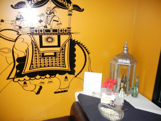 Entrance Decorations Picture Of Royal Karma Indian Restaurant