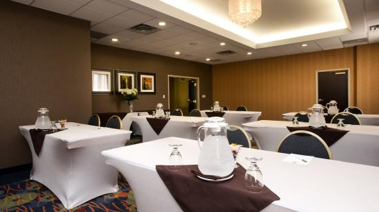 Holiday Inn Hotel & Suites Mississauga: Pearson Room