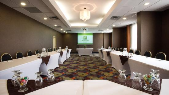 Holiday Inn Hotel & Suites Mississauga: McKenzie  Room