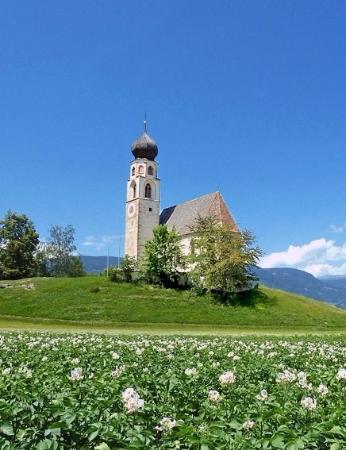 Fie allo Sciliar, Italia: La chiesa di San Costantino