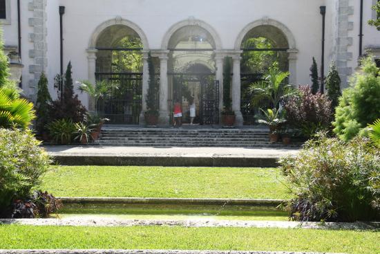 Entrada do Palácio - Picture of Vizcaya Museum and Gardens, Miami ...