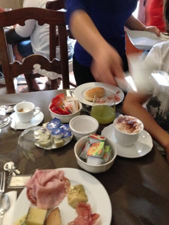 Palazzo Raho: Breakfast at the Raho