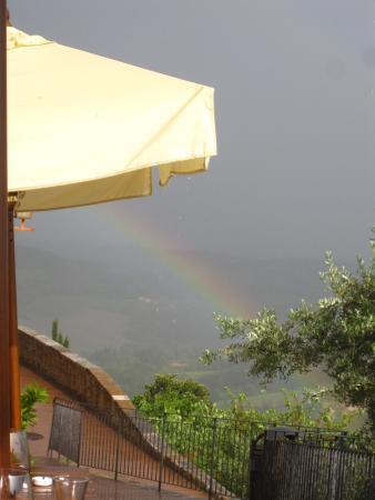 Enoteca DiVinorum: Nach dem Regen folgt die Sonne