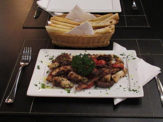 Excelente Restaurante La Bocca - Bar & Trattoria