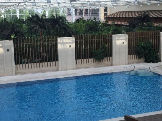 Ji County, China: Indoor pool