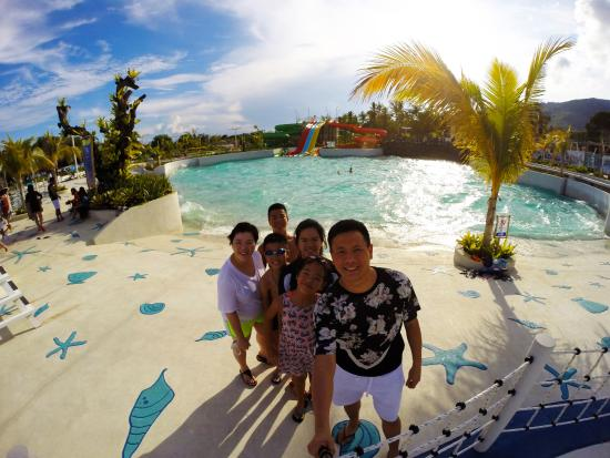 Astoria Palawan: Water park with wave pool