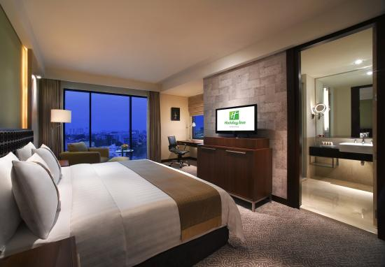 Holiday Inn Bandung: KING EXECUTIVE CLUB MODERN TOWER