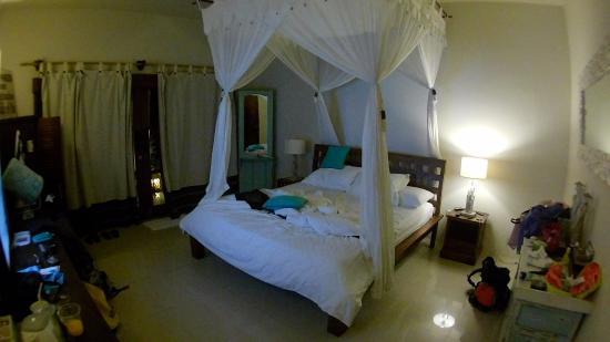 Tir Na Nóg Gili Trawangan Accommodation: Deluxe double suite
