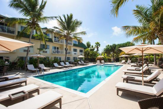 Ports of Call Resort: Outdoor Pool