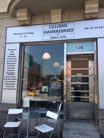 Lillian's Smorresbord