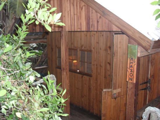 Mantis & Moon Backpackers Lodge: Urgemütliches Holzhaus als Doppelzimmer mit Bad