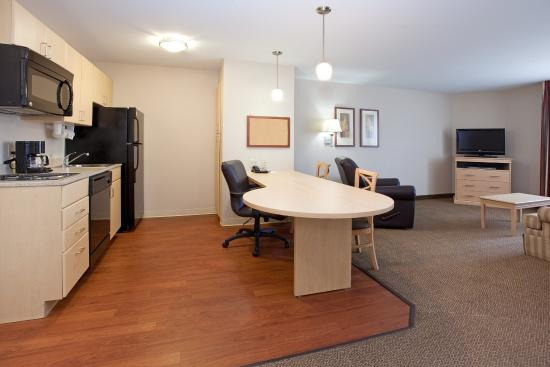 Candlewood Suites Sheridan: One Bed Suite