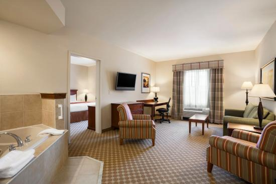 Country Inn Suites By Carlson Manchester Airport
