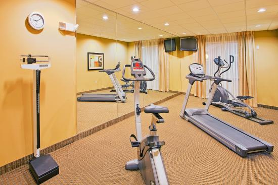 Holiday Inn Express Hotel & Suites Foley: Fitness Center