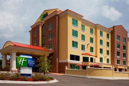 Photo of Holiday Inn Express Hotel & Suites Chaffee Jacksonville
