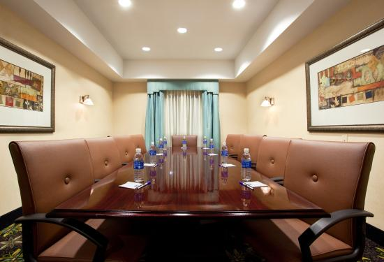 Holiday Inn Express Franklin: Our Boardroom perfect for Corporate Meeting at Franklin Ohio