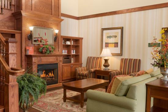 Country Inn & Suites By Carlson, Bradenton at I-75: Lobby
