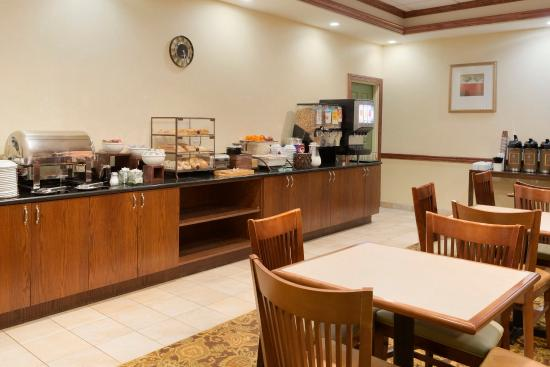 Country Inn & Suites By Carlson, Bradenton at I-75: BFLOBreakfast Room