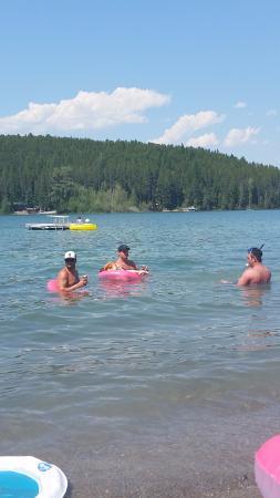 Lake Five Resort: Boys being boys