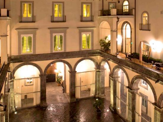 Palazzo Caracciolo Napoli MGallery by Sofitel: Exterior