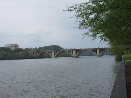 Potomac River : A quiet afternoon near Key Bridge
