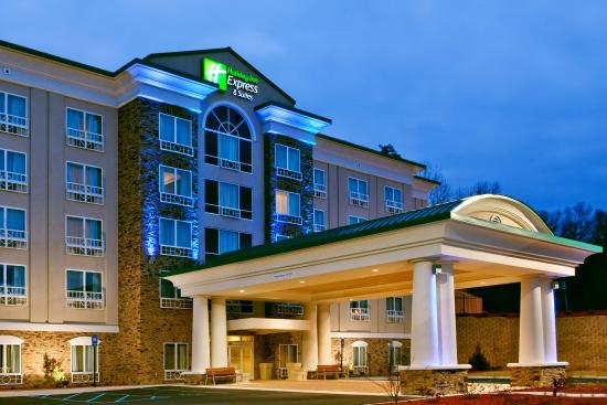 ‪‪Holiday Inn Express Hotel & Suites Columbus - Fort Benning‬: Hotel Exterior Holiday Inn Express & Suites Columbus-Fort Benning‬