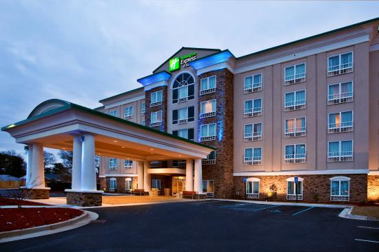 Holiday Inn Express Hotel & Suites Columbus - Fort Benning: Hotel Exterior Holiday Inn Express & Suites Columbus-Fort Benning
