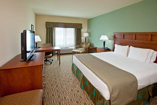 Holiday Inn Express & Suites-Ripley, WV King Bed Guest Room