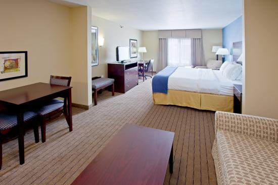 Shelbyville, IN: Suite