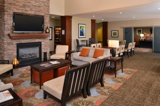 Staybridge Suites Stone Oak: The Great Room