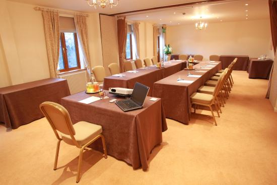 Alveston, UK: Conferences