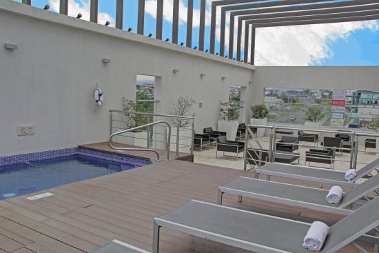 Holiday Inn San Jose-Escazu: Swimming Pool