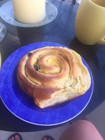 Yarita Panaderia and Pasteleria