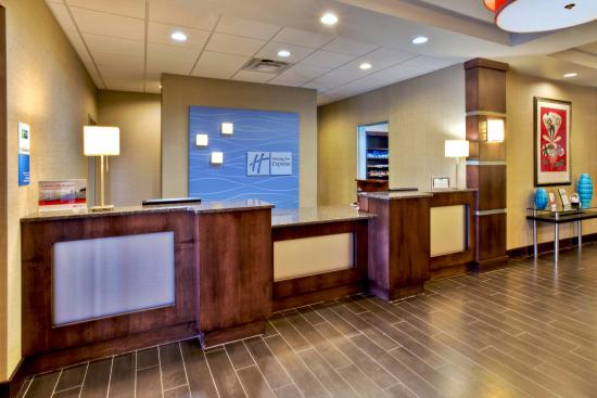 Holiday Inn Express & Suites Oak Ridge: Welcome to the Holiday Inn Oak Ridge