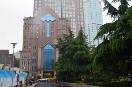 Xujiahui Catholic Church: Masses are held in this building