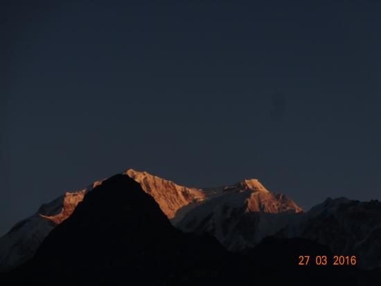 Dzongri La: kabru sisters from dzongri top