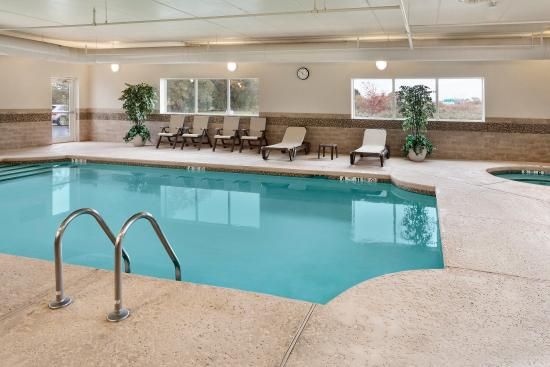 Country Inn & Suites By Carlson, Buffalo South I-90: BSNYPool