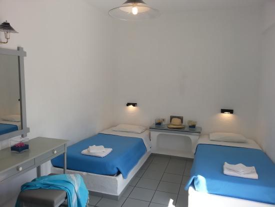 Hotel Iro: Triple Room