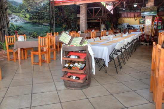 Hotel El Bambu: Restaurant