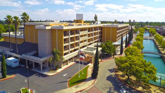 Hilton Stockton, Aerial View