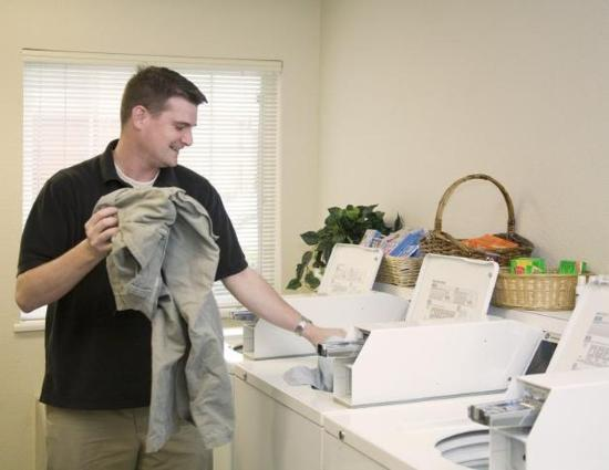 Candlewood Suites Amarillo-Western Crossing: Guest Laundry FREE to Wash and Dry