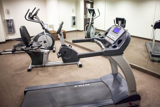 Sleep Inn & Suites and Indoor Water Park: Mo Fitness