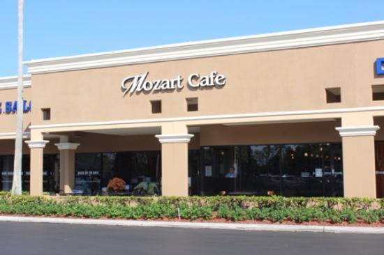 Mozart Cafe Coral Springs Front Entrance