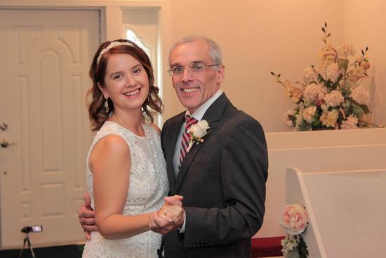 Cupids Wedding Chapel 1st Dance To Elvis Love Me Tender
