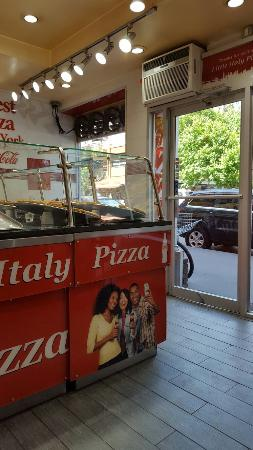 Little Italy Pizza & Deli